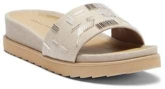 Donald J Pliner Cava Slide Sandal