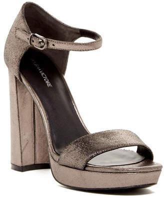Pour La Victoire Yvette Heel $275 thestylecure.com