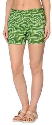 Marzia Genesi Sea Beach shorts and trousers