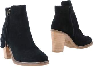 BRONX Booties $179 thestylecure.com