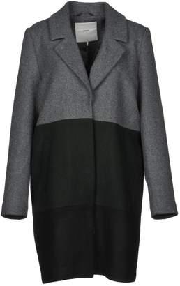 Minimum Coats