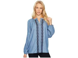 Jag Jeans Casper Shirt in Cotton Tencel Chambray Women's Clothing