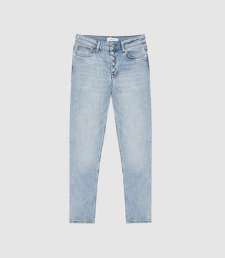 Reiss Bailey - Mid Rise Straight Jeans in Light Wash