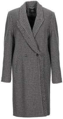 SET Coat