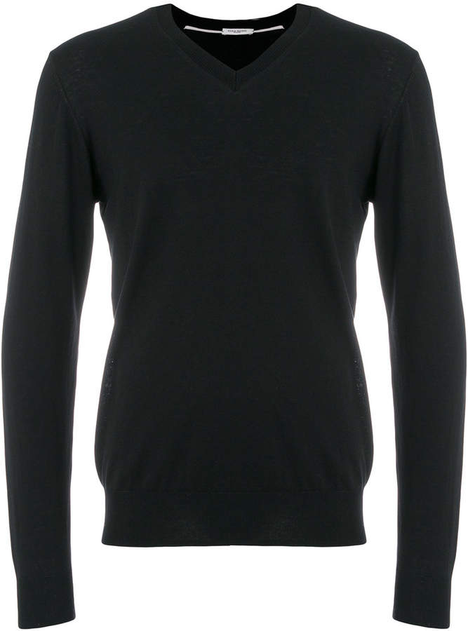 v-neck jumper