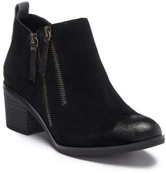 White Mountain Footwear Sienna Suede Ankle Bootie