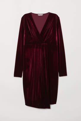 H&M MAMA Velour dress