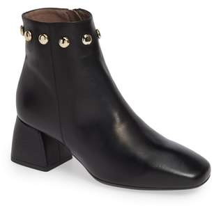 Wonders Block Heel Ankle Bootie