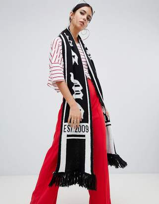 Missguided mg logo soccer scarf