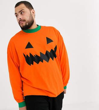 Asos Design DESIGN Plus Halloween oversized long sleeve pumpkin t-shirt