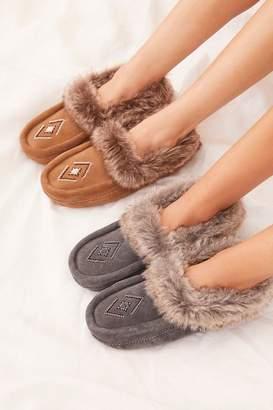 Manitobah Faux Fur Tipi Moccasin