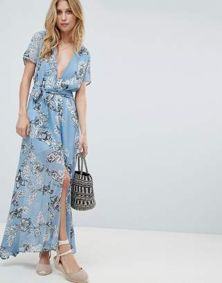 PrettyLittleThing Floral Maxi Dress