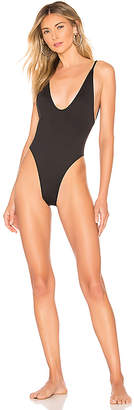 Minimale Animale Voyager One Piece