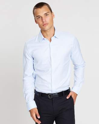 yd. Aramac Slim Fit Dress Shirt