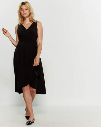 DKNY Sleeveless V-Neck Belted Midi Dress