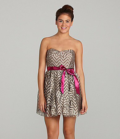 Teeze Me Strapless Sweetheart Dress
