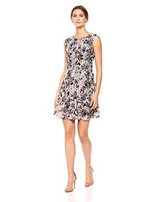Gabby Skye Women's Sleeveless Printed Lace Dress