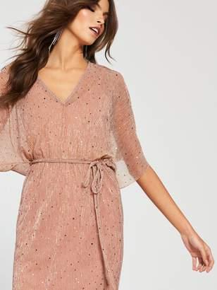 7eea4214a2b River Island Velvet Plisse Midi Dress -pink