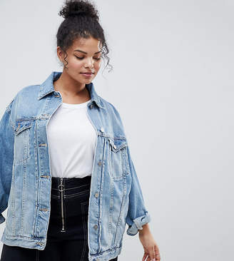 Asos DESIGN Curve denim girlfriend jacket in lightwash blue