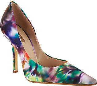 Guess High Heel Pumps - Carrie $17.98 thestylecure.com