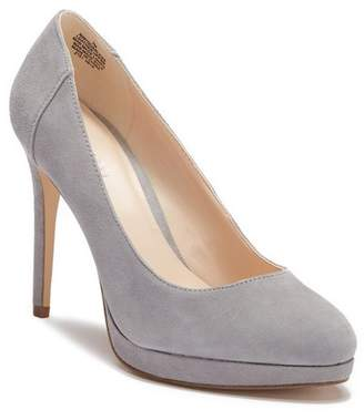 Nine West Quarless Suede Platform Pump