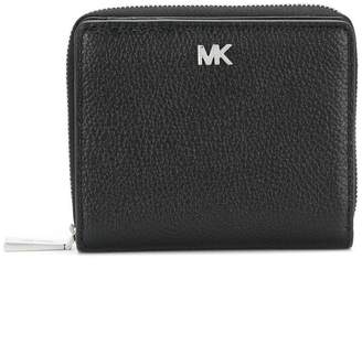 0ca602b5c324 ... sweden at farfetch michael michael kors mk zipped wallet c02b0 38a78