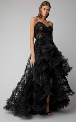 Oscar de la Renta Strapless Fringed Lace Gown With Train