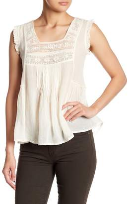 Love Sam Hill Country Ruffle Lace Hi-Lo Blouse