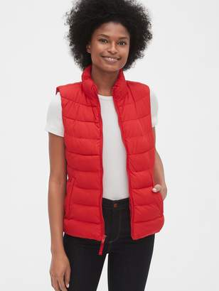 Gap ColdControl Upcycled Lightweight Puffer Vest