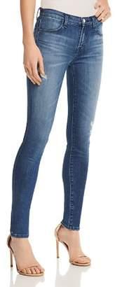 J Brand 620 Mid Rise Super Skinny Jeans in Mystic