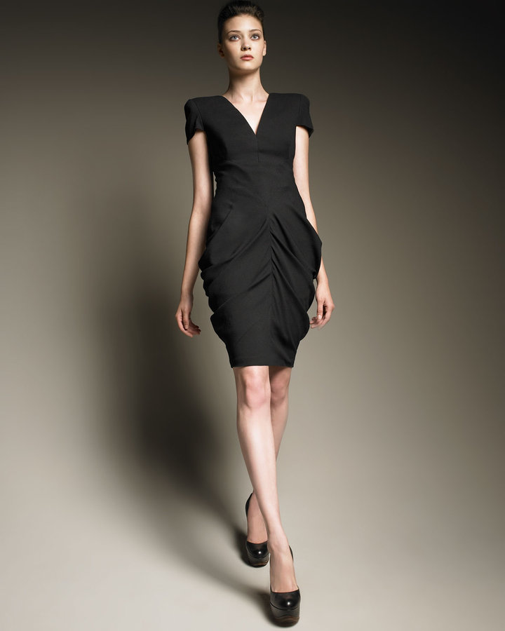 Alexander McQueen Ruched Hip Cap-Sleeve Dress
