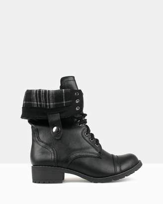 betts Potter Combat Boots
