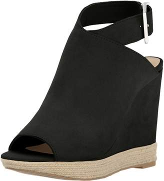Call it SPRING Women's Ioppolo Wedge Sandal