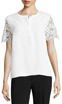Liz Claiborne Short Sleeve Split Crew Neck Lace Front Woven Blouse