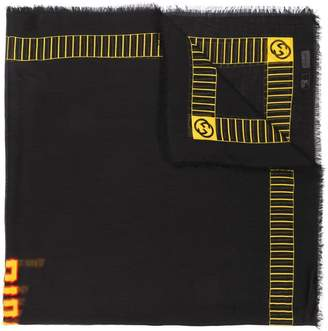 Gucci knitted logo scarf