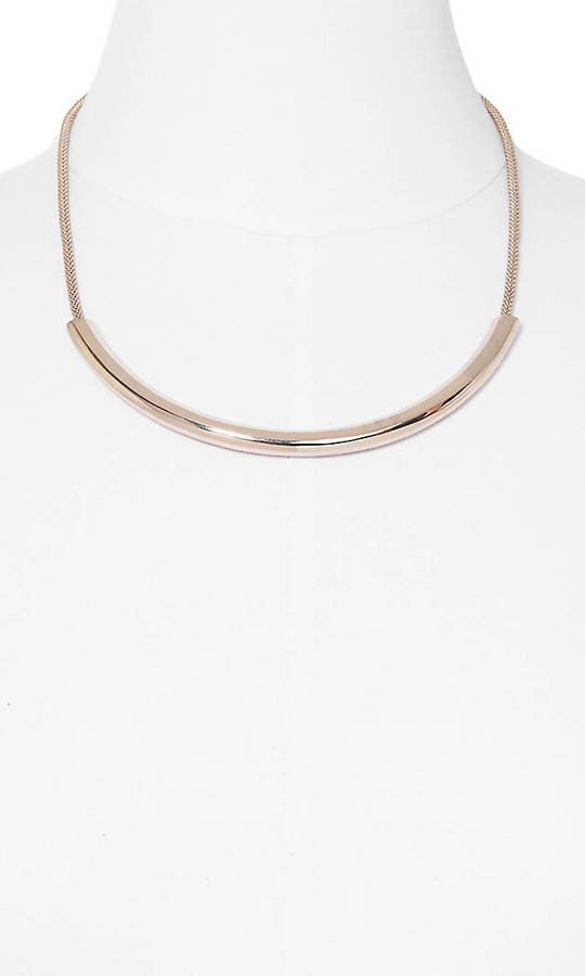 Express Curved Metal And Mesh Chain Necklace