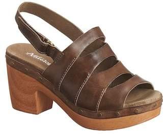 Antelope Stud & Cutout Sandal