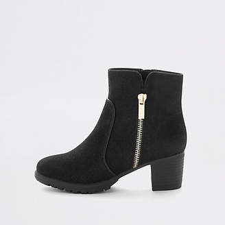 River Island Girls Black zip detail heeled boots