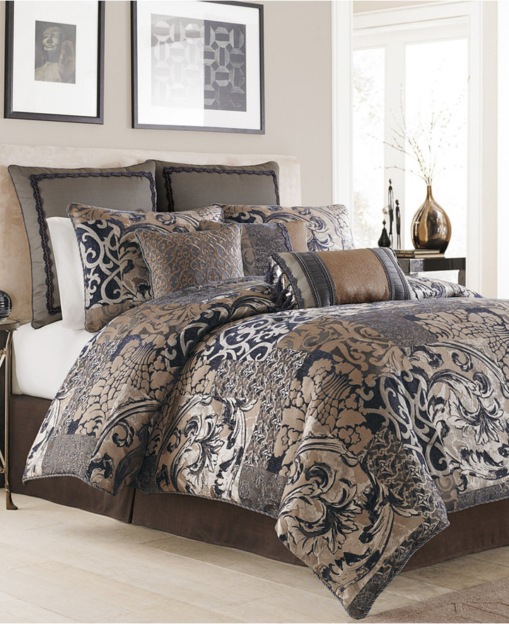 Croscill Croscill Ryland Blue Queen Comforter Set