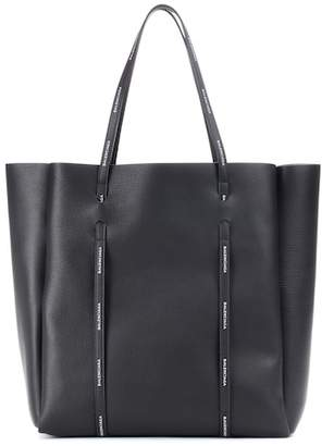 Balenciaga Everyday M leather tote