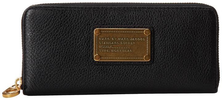 Marc By Marc JacobsMarc by Marc Jacobs - Classic Q Slim Zip Around Wallet Handbags