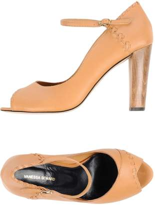 Vanessa Seward Pumps