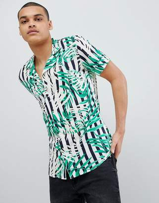 Solid Revere Collar Shirt in Leaf Print