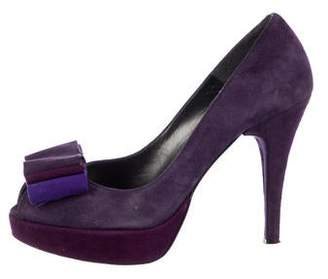 Stuart Weitzman Backpage Platform Pumps