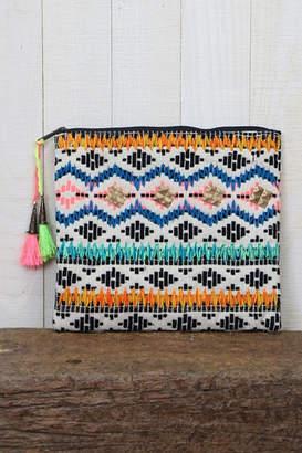 Love Stitch Lovestitch Patterned Clutch