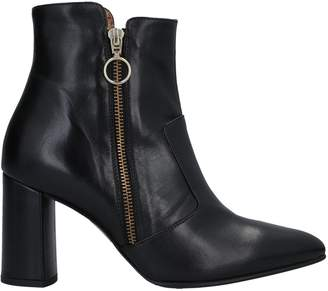 DONNA SOFT Ankle boots - Item 11742842NH