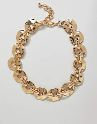 Asos Design DESIGN statement necklace with hammered link chain in gold