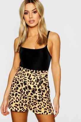 boohoo Petite Leopard Print Tie Waist Tailored Short