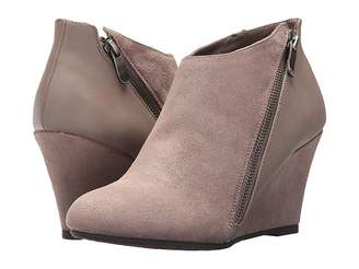 Chinese Laundry DL Violet Wedge Bootie