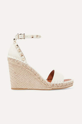 Valentino Garavani The Rockstud 105 Textured-leather Espadrille Wedge Sandals - Beige